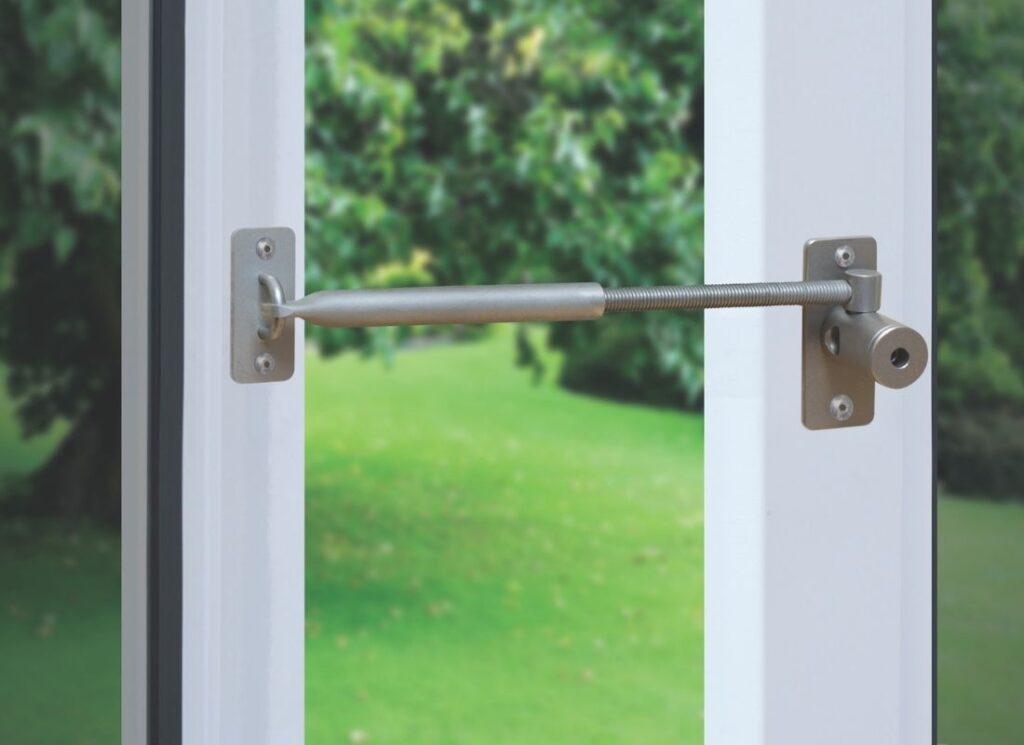 windlow-locks